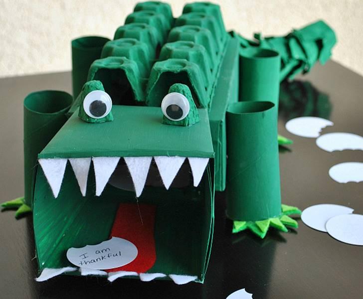 brinquedos reciclados com rolo de papel higienico