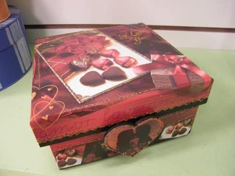 Read more about the article Como fazer uma caixa de bombom personalizada