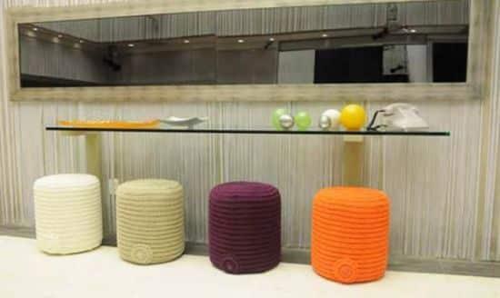 Este puff de crochê alegra e decora perfeitamente qualquer espaço (Foto: Divulgação)
