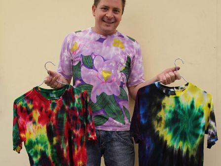 Read more about the article Como Decorar sua Blusa para o Carnaval