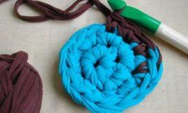 Como Fazer Crochê com Tecido de Blusas Antigas
