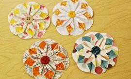Como Fazer Flor de Papel e Botões