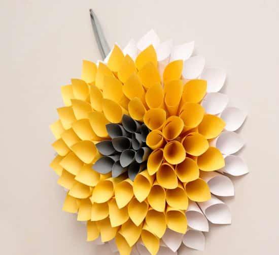 Read more about the article Como Fazer um Quadro de Flores de Papel