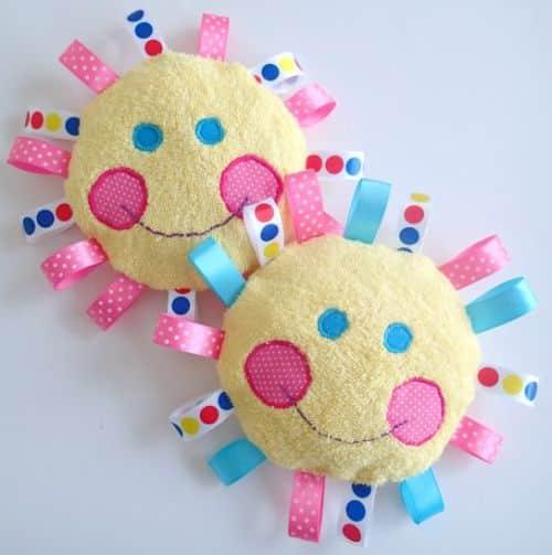 Read more about the article Como Fazer um Brinquedo Artesanal para Bebê