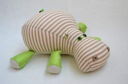You are currently viewing Hipopótamo de Tecido Passo a Passo com Molde