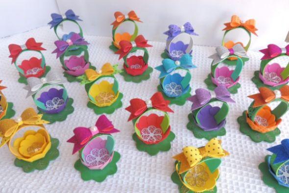Read more about the article Como Fazer Cestinha de Flor em EVA Passo a Passo