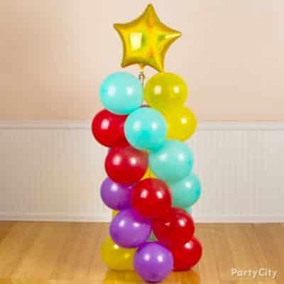 Espiral de balão é lindo e decora de forma diferenciada (Foto: partycity.com)