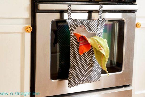Porta-trecos para a cozinha decora e organiza (Foto: sewastraightline.com)