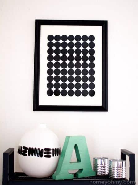Este quadro com cartolina pode também ter outro modelo, basta usar a sua imaginação quando for confeccionar o seu objeto decorativo (Foto: homeyohmy.com)