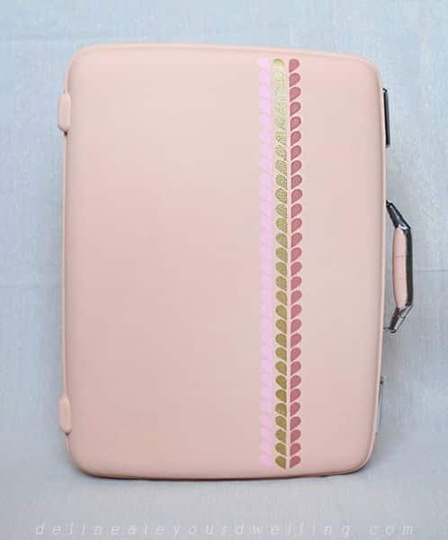 Personalizar uma mala de viagem é muito simples (Foto: delineateyourdwelling.com)
