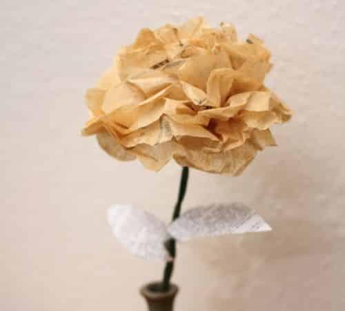 You are currently viewing Como Fazer Flores de Papel de Seda