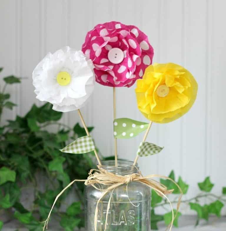 Read more about the article Flores de Papel Crepom Simples e fácil de fazer