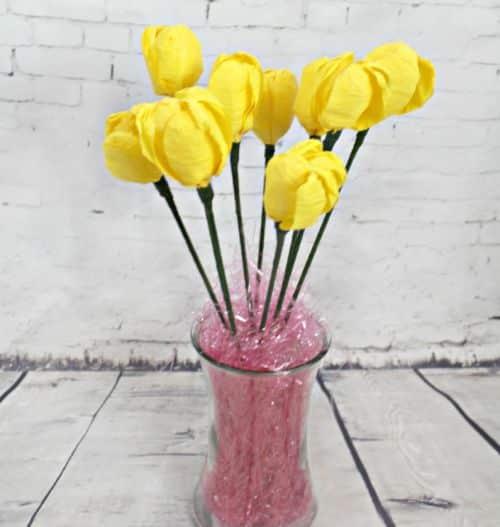 You are currently viewing Como Fazer Flores de Papel Crepom passo a passo
