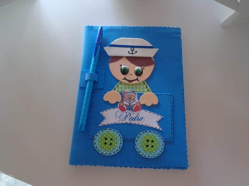 caderno com eva marinheiro