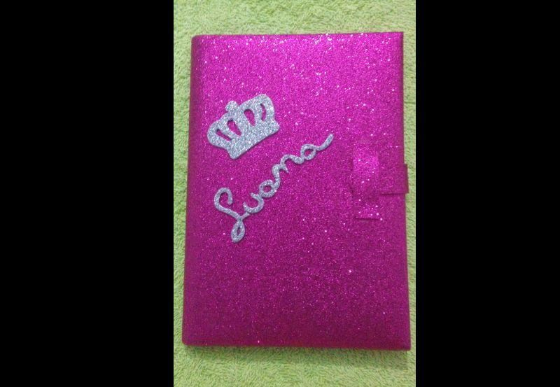caderno com eva com glitter