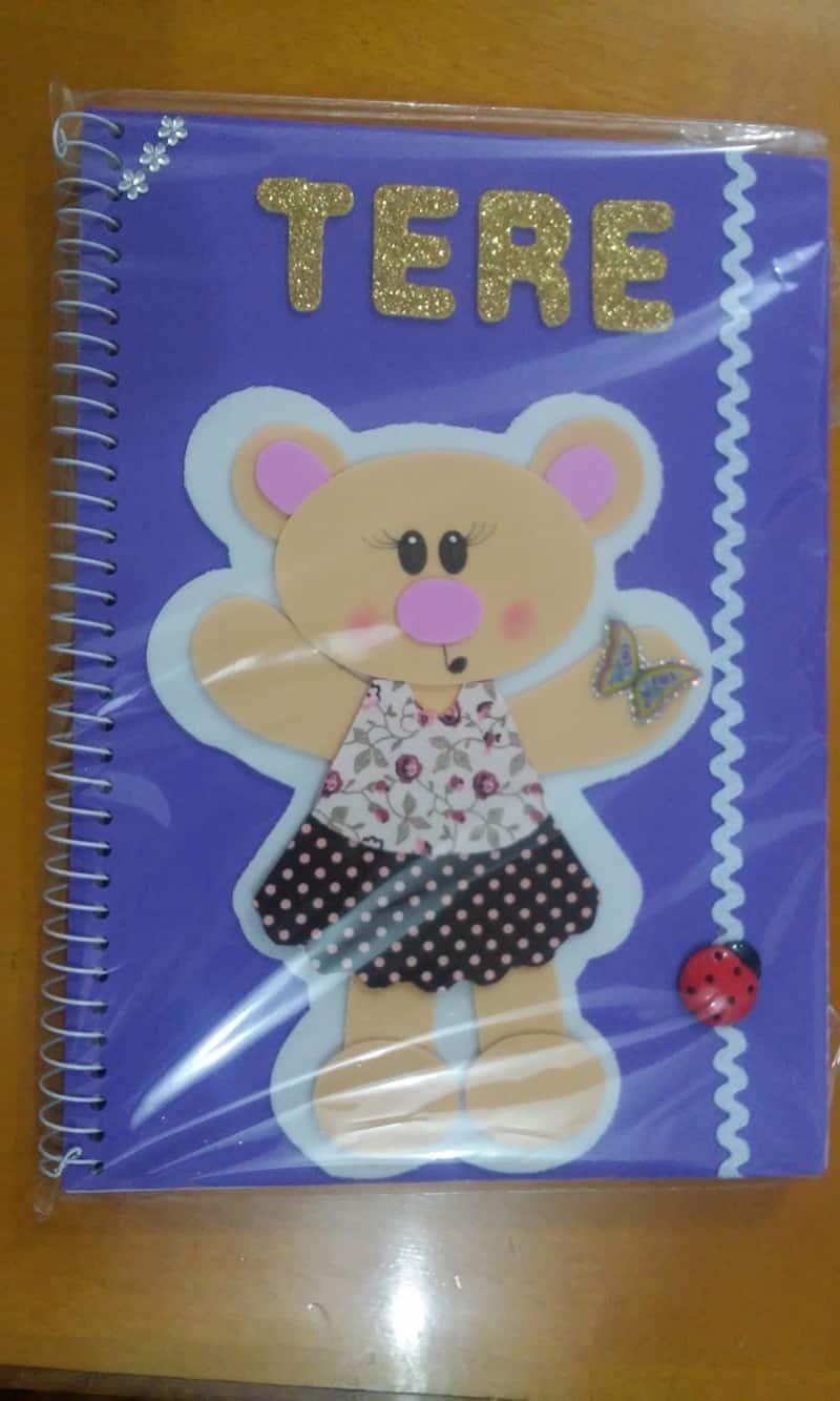 caderno com eva ursa