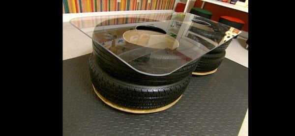mesa com pneu grande