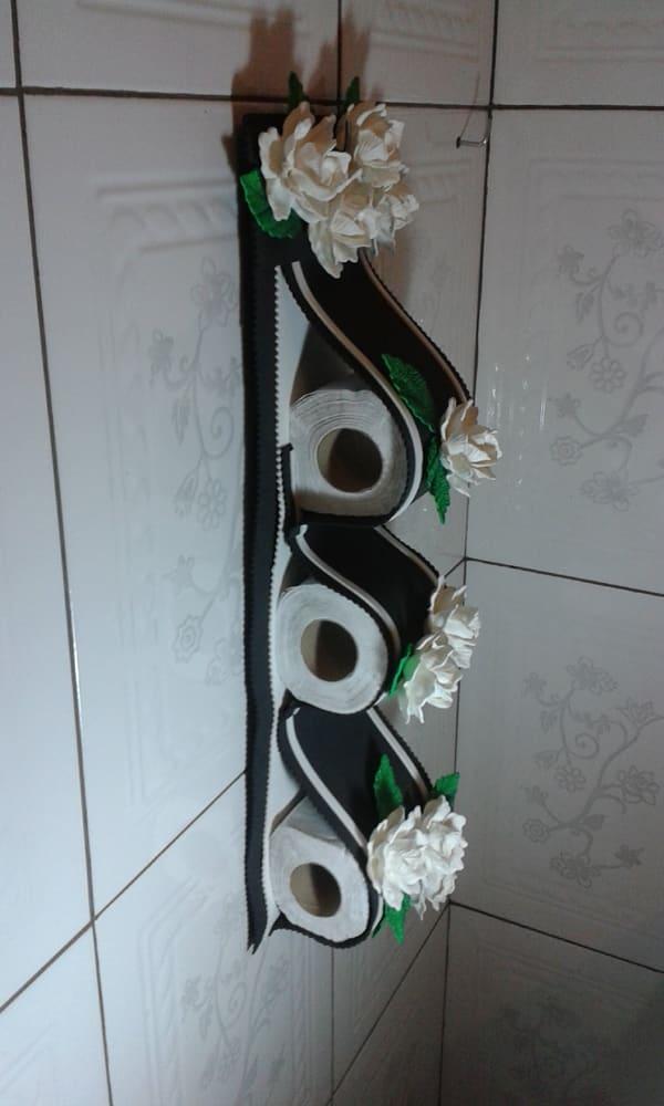 porta papel higiênico com flores