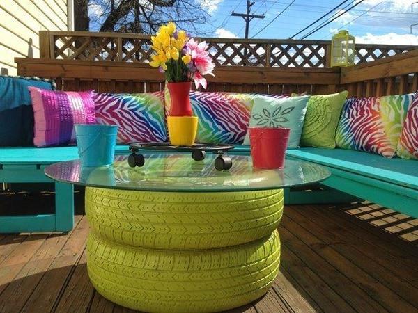 mesa com pneu verde