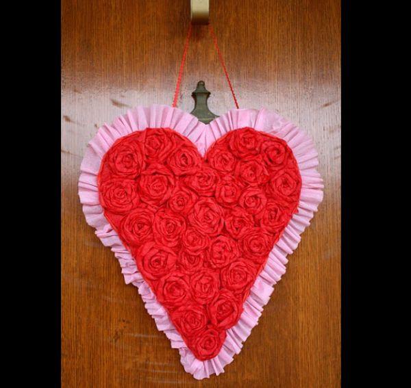coração de flores crepom
