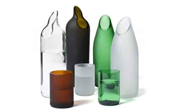 garrafa de vidro cortada enfeites
