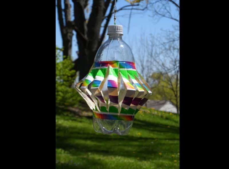reciclagem de garrafa pet no jardim