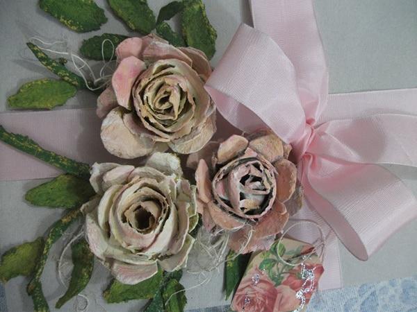 flores de caixa de ovo rosas