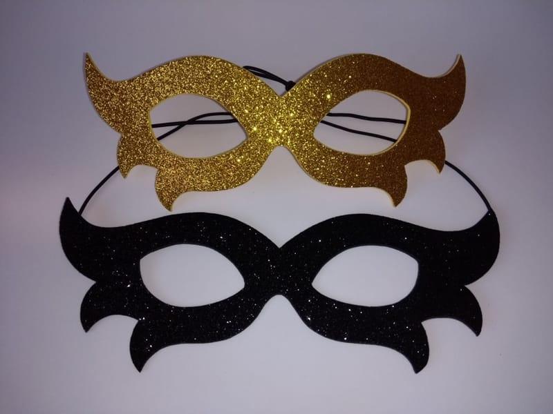 mascara de carnaval comum