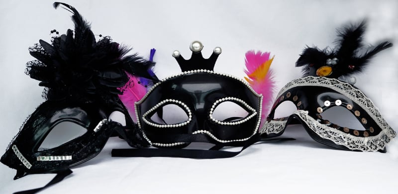 mascara de carnaval decorada