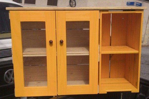 armario de pallet com caixote