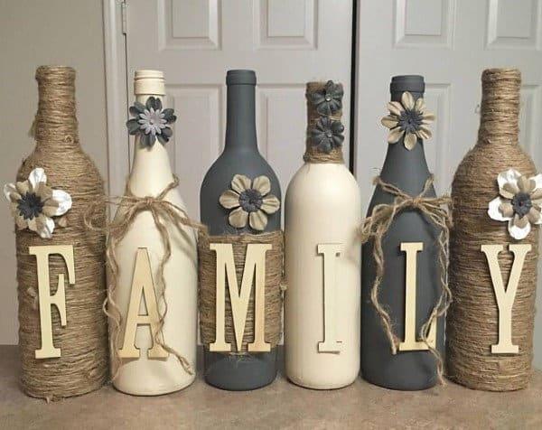 garrafa de vinho decorada com sisal