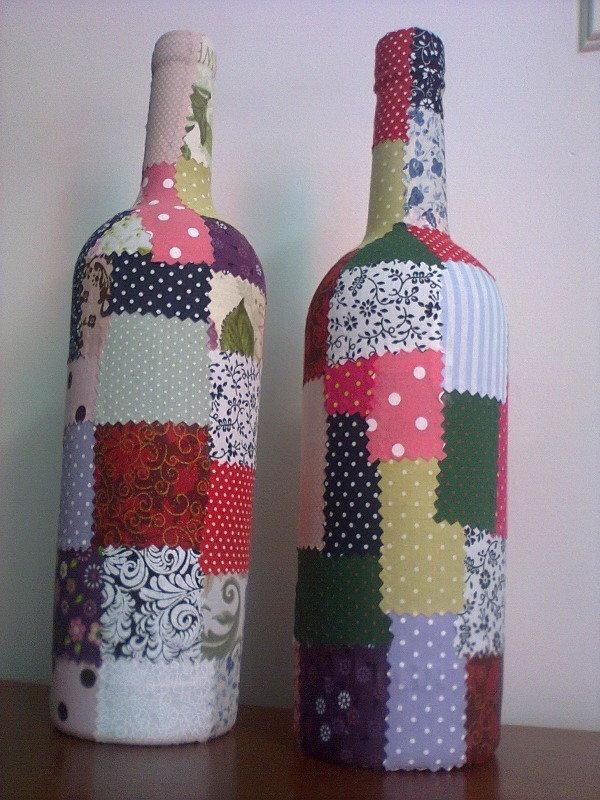 garrafa de vinho decorada tecido