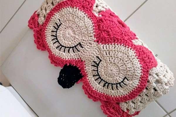 capa para encosto de cadeira corujinha rosa