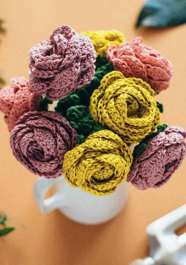 arranjo de flores de croche