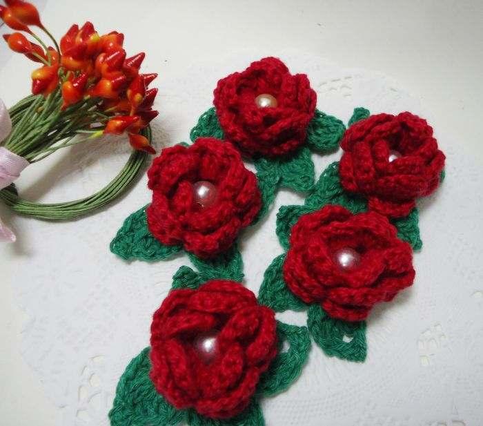 flor vermelha de croche