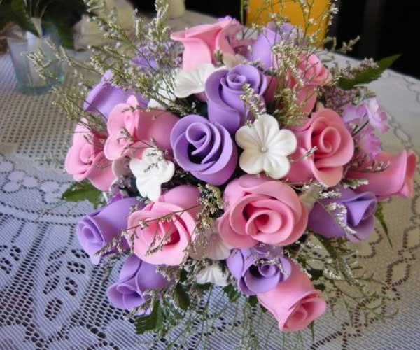 Centro mesa casamento flores coloridas EVA