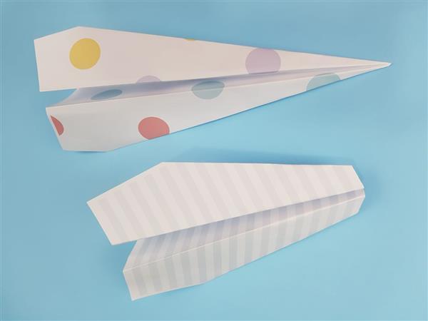 Read more about the article Como fazer avião de papel passo a passo