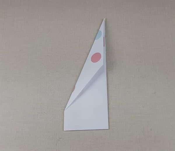 avião de papel fácil