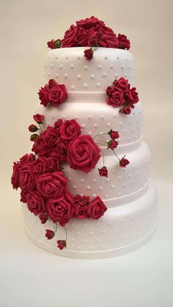 bolo fake de eva com flores