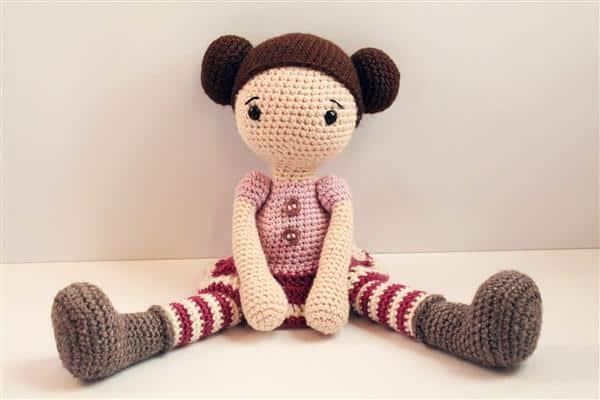 Read more about the article Bonecas de Crochê: amigurumi passo a passo, ideias