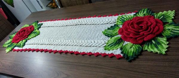 flores vermelhas nas pontas