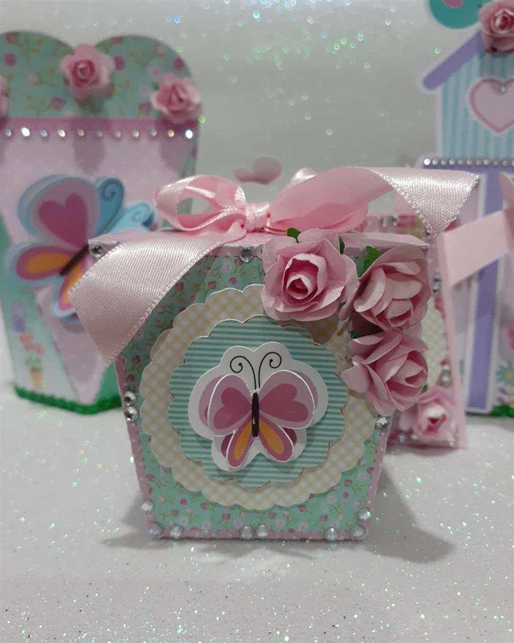 caixa sushi personalizada com flores