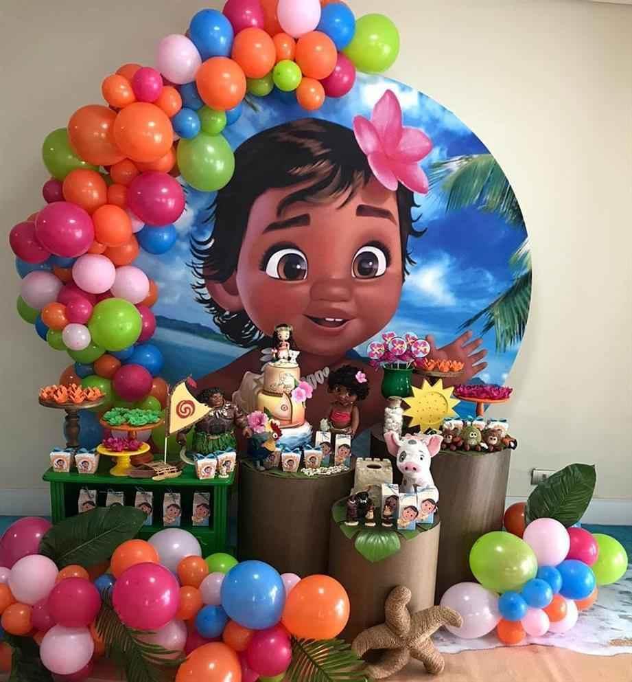 festa moana com balões