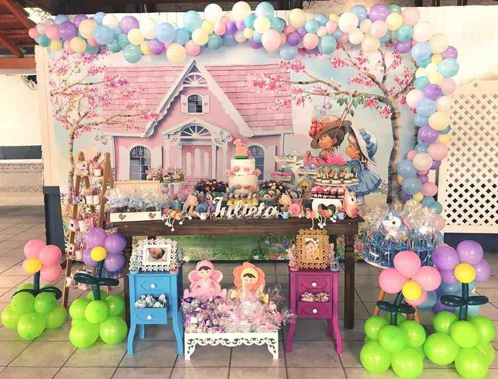 festa jardim com balões