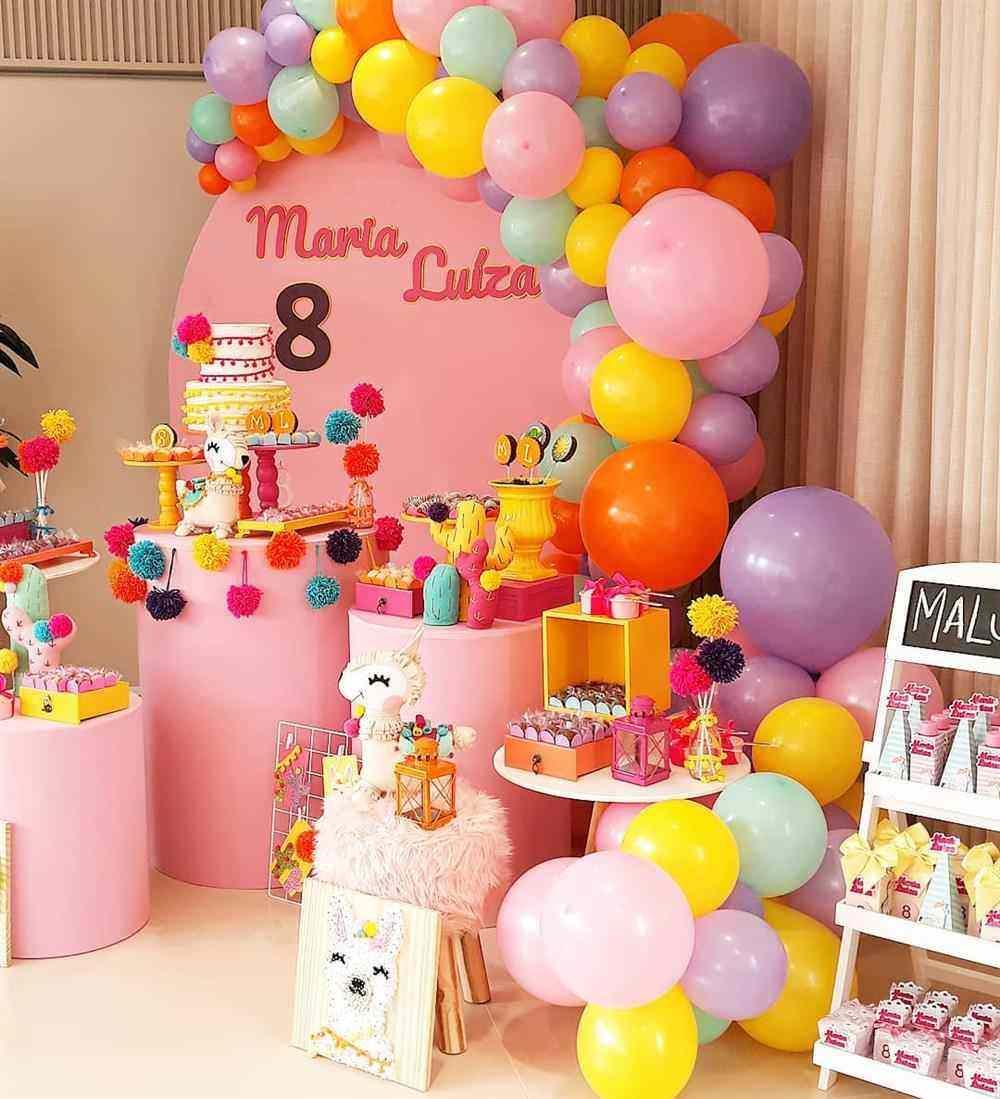 decoração festa rosa simples