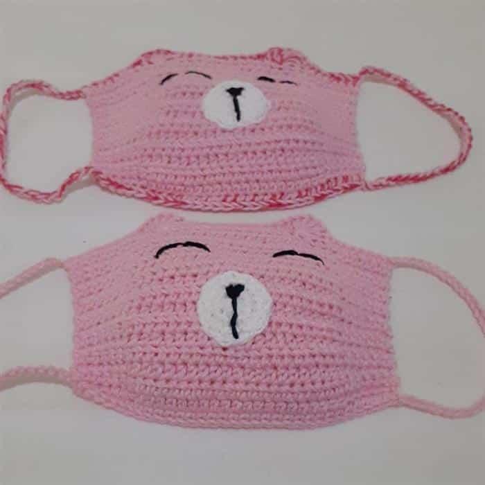 mascara de croche infantil rosa
