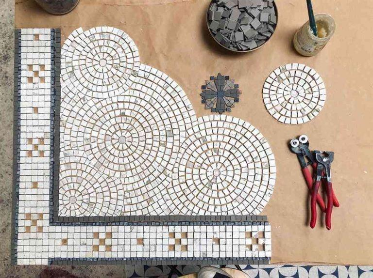 Read more about the article Material usado em mosaico: conheça a técnica e veja ideias incríveis