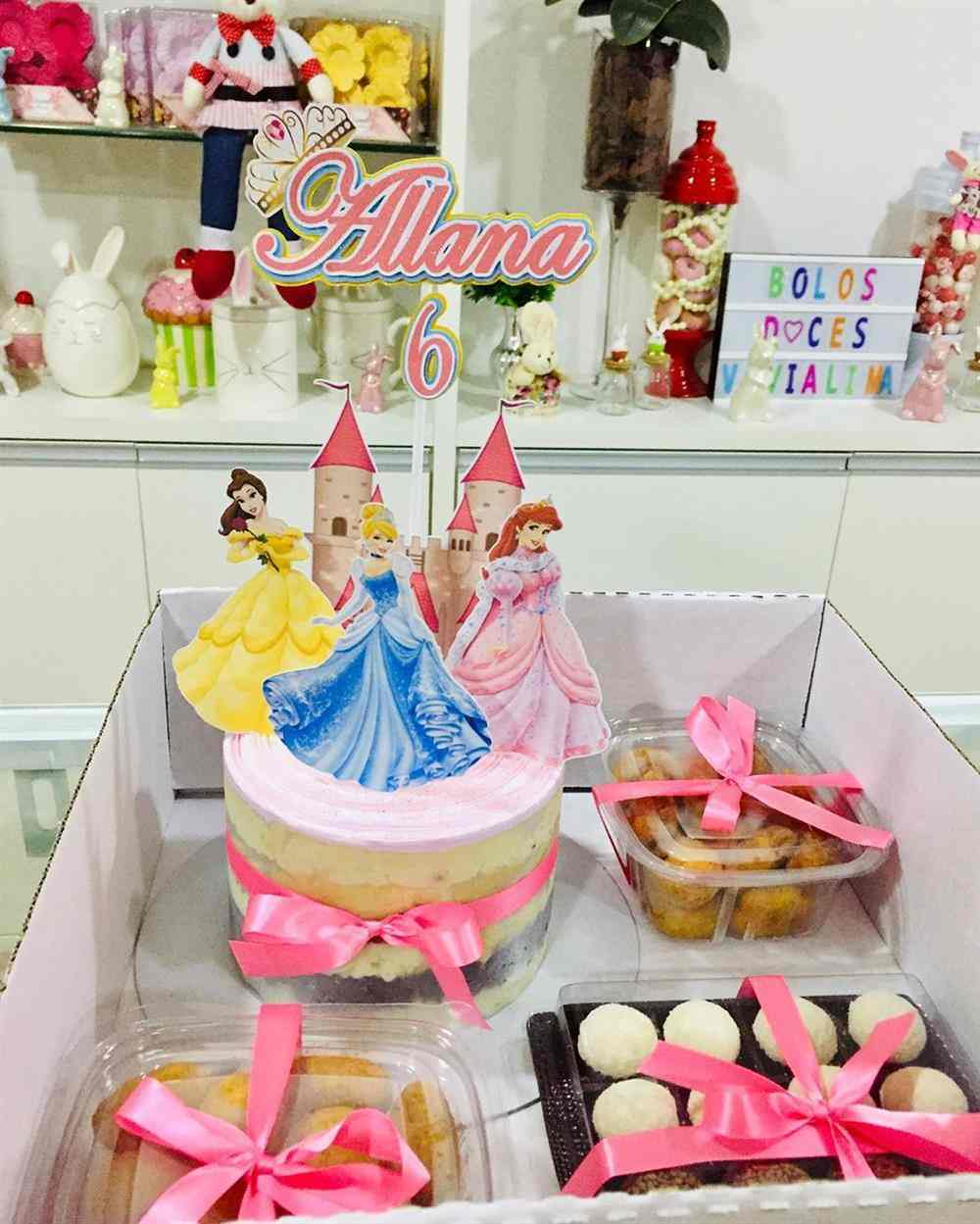 mini bolo princesas