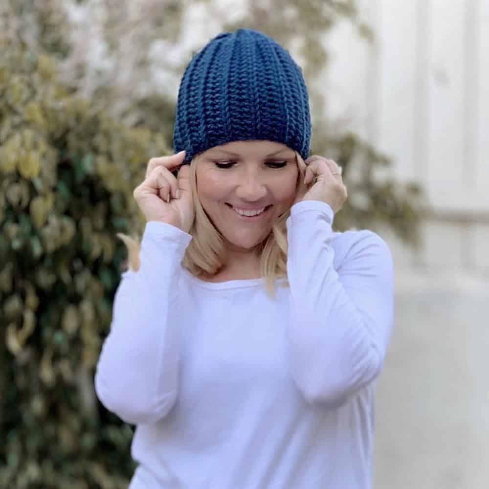 touca feita de trico azul