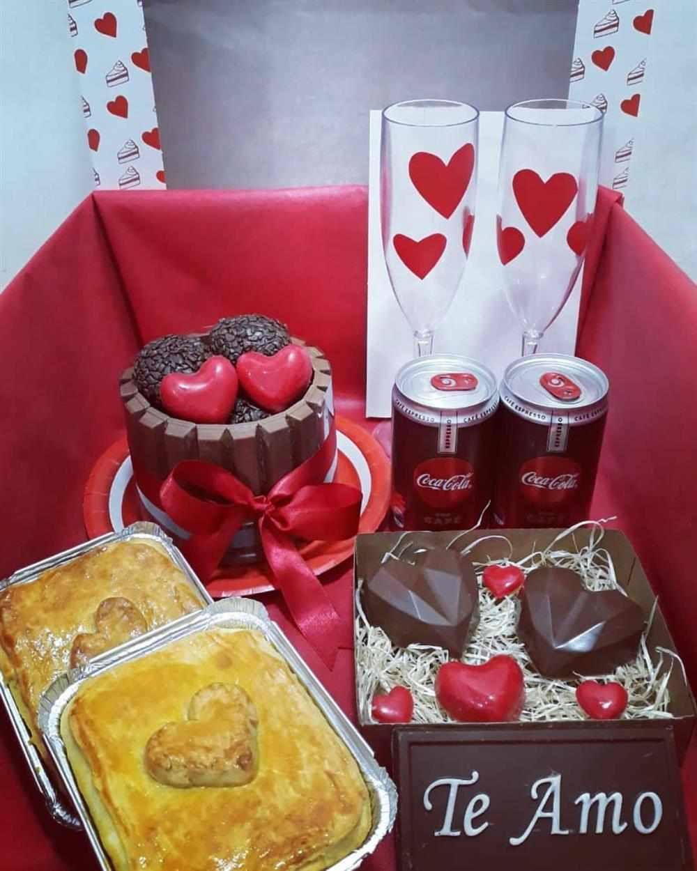 caixa com chocolates personalizados